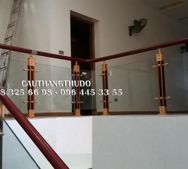 Cầu thang tay vịn nhưa (5)