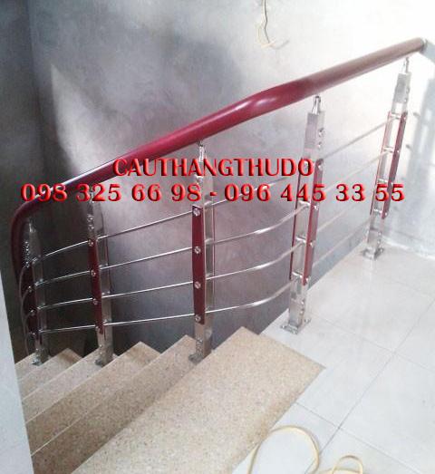 Cầu thang tay vịn nhưa (12)